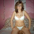 image girlfriend-with-glasses-perfect-body-naked-postyourgfs(dot)com042.jpg
